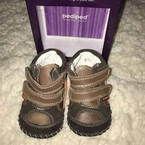 Pediped Jamie Brown Soft Bottom Shoes 6-12m